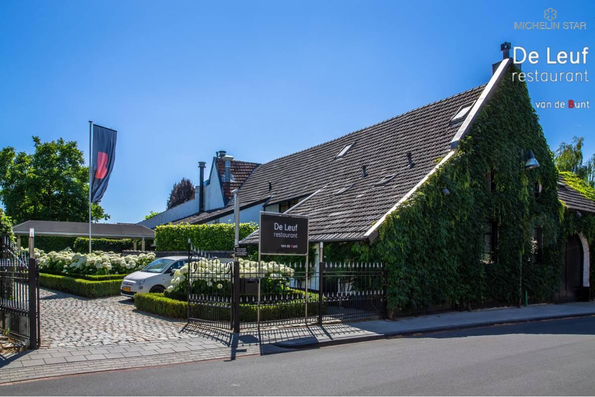 De Leuf restaurant - buiten